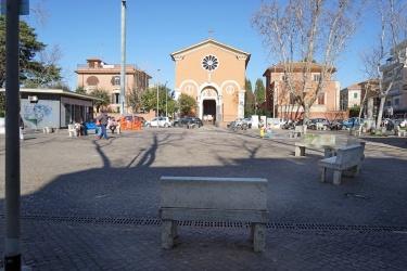 Piazza Nostra Signora di Guadalupe - Monte Mario