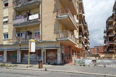 Piazzale Lorenzo Gasparri - Nuova Ostia