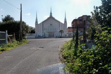 """La chiesa """"manelista"""" a Casal del Marmo"""