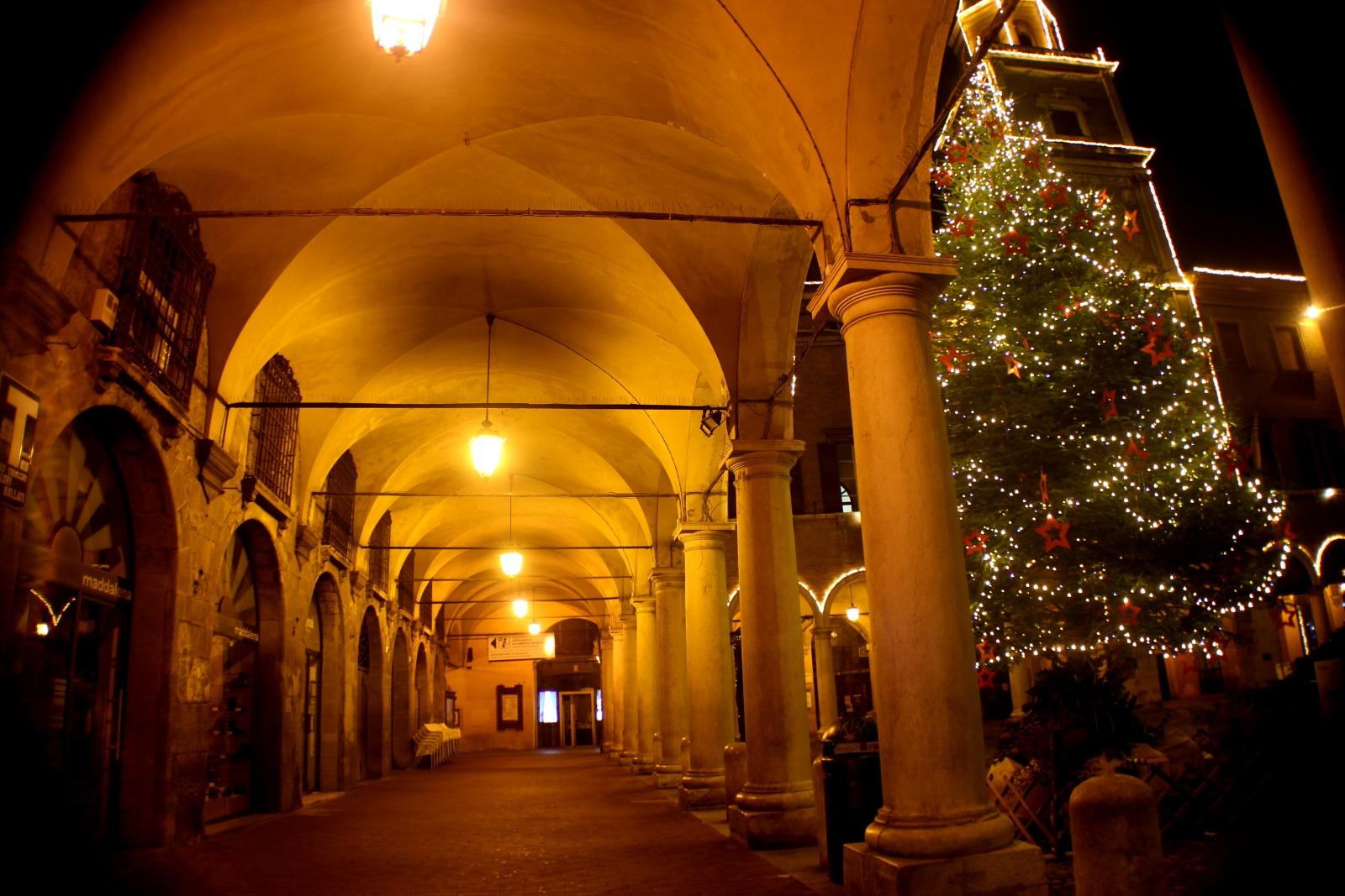 Modena in pre-quarantena -  i fantastici anni '20
